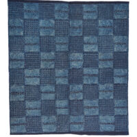 Indigo cloth with a grid pattern